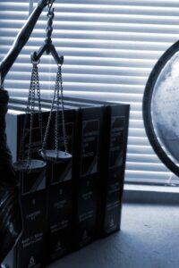 Zakendoen met Justitie