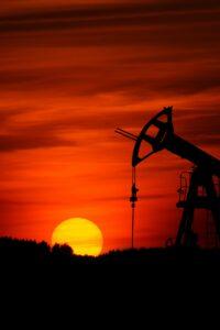 Vuil Spel om Olie